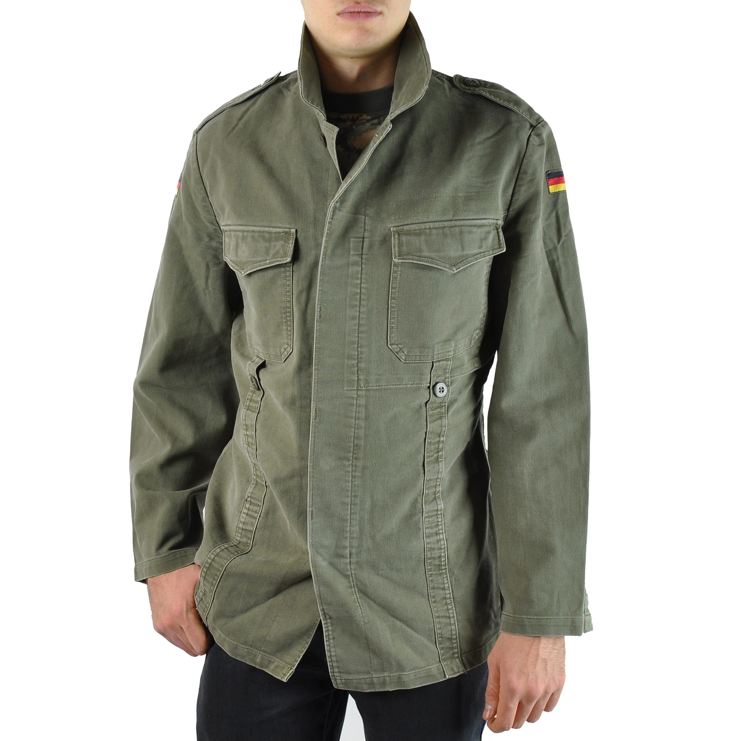 600da3ba31a Západoněmecká armáda používala od 60.let 20. století do začátku 90.let  moleskin v olivové barvě na své uniformy.