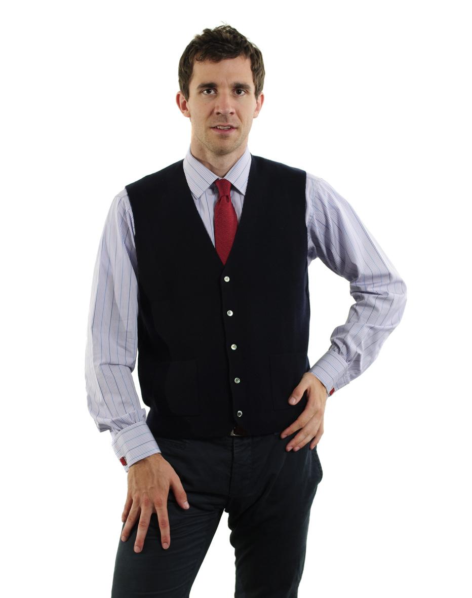 Tento outfit pro inspiraci je mimořádně elegantní a přitom moderní a  uvolněný. Je vhodný pro dennodenní nošení do kancelářského prostředí či na  jednání a ... 0aca995e05
