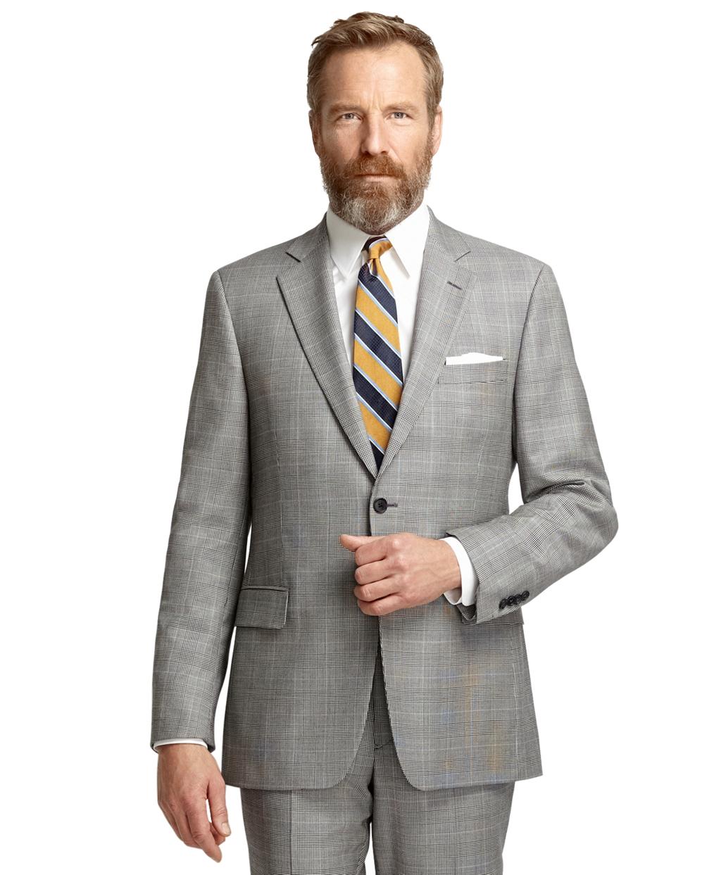 fce366ec80 Šedý oblek ...