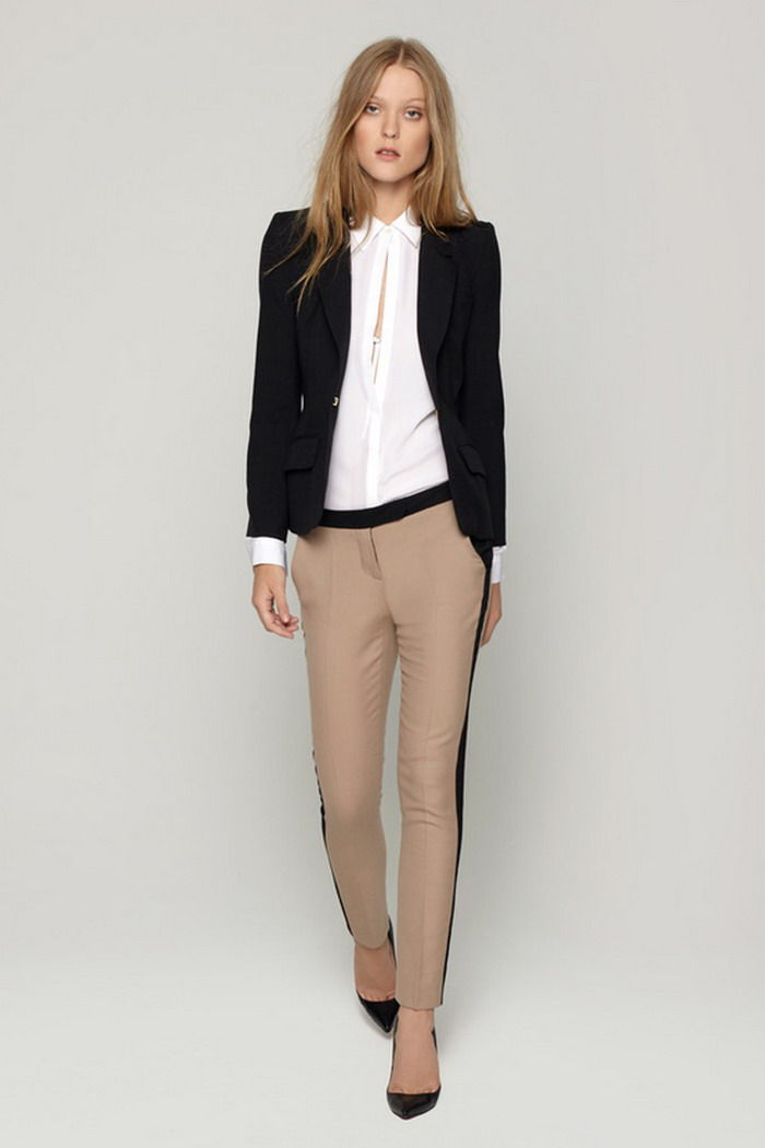 026d5a10ead8 Dámský Business Casual Dress Code je dnes asi tím nejrozšířenějším způsobem  ...